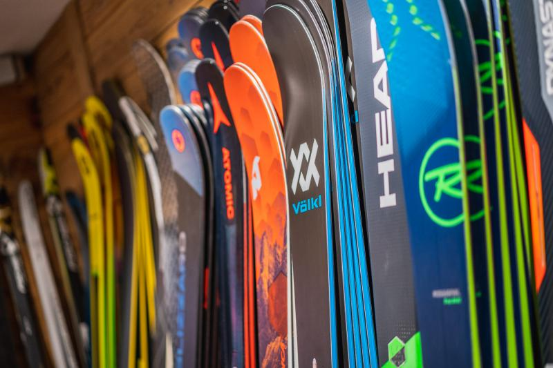 The best gear selection at the foot of the slopes